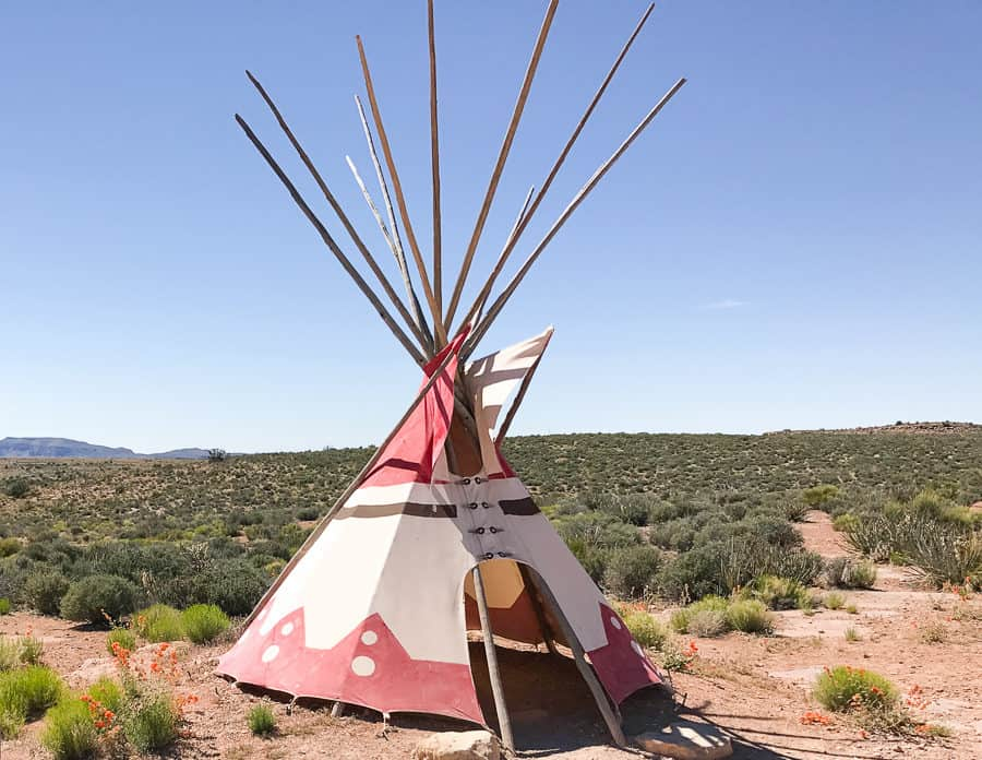 domy Indian w USA tipi