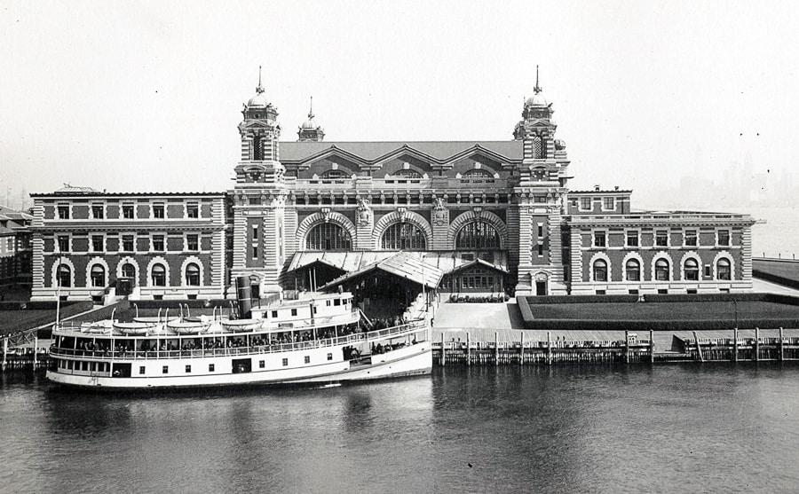 Ellis Island pomiędzy 1902 i 1913